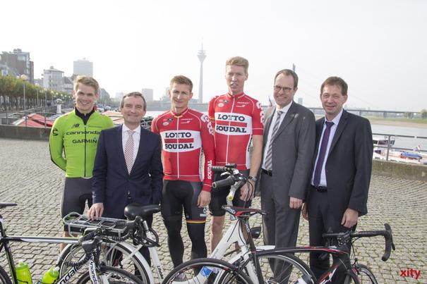 (v.l.) Ruben Zepuntke, Thomas Geisel, André Greipel, Marcel Sieberg, Dr. Stephan Keller und Burkhard Hintzsche (Foto: xity)