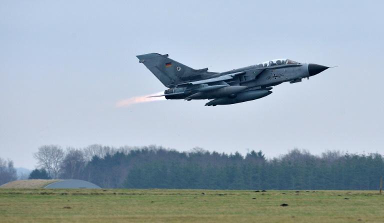 Deutsche Tornados gegen IS erstmals auch nachts im Einsatz (© 2016 AFP)