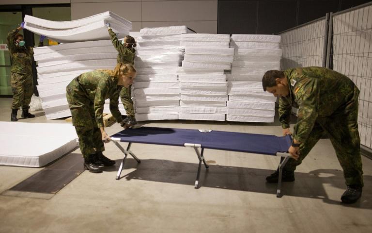 Bundeswehr will sich im Sommer aus Flüchtlingshilfe zurückziehen (© 2016 AFP)