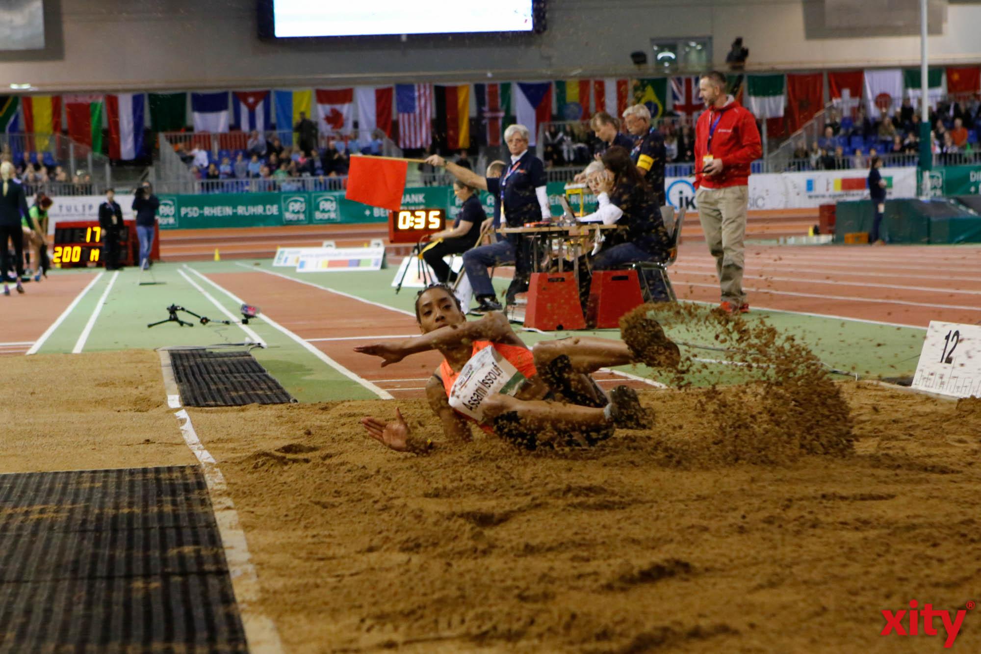 Die Dresdnerin Jenny Elbe setzte direkt zu Beginn ein Ausrufezeichen. Sie sprang mit 14,12 Metern persönliche Bestleistung und gewann damit souverän den Dreisprung der Frauen. (Foto: xity)