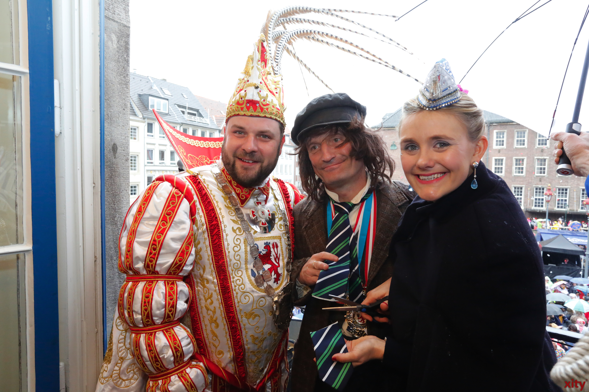 Prince Hanno the first, Lord Mayor Thomas Geisel and Venetia Sara. (left to right) (Photo: xity)