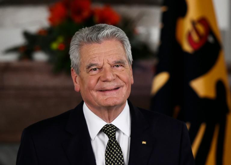 """Gauck in Flüchtlingspolitik für Debatte über """"Begrenzungsstrategien"""" (© 2016 AFP)"""