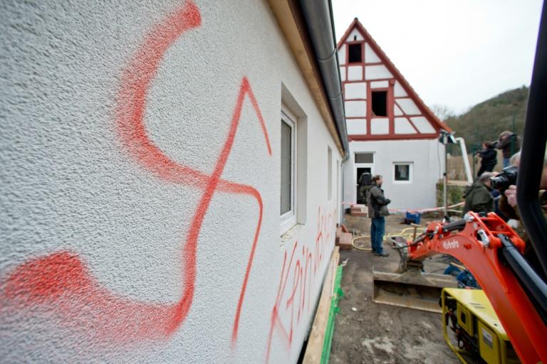 """Generalbundesanwalt besorgt über """"Anschlagsserie"""" von Rechtsextremen (© 2016 AFP)"""