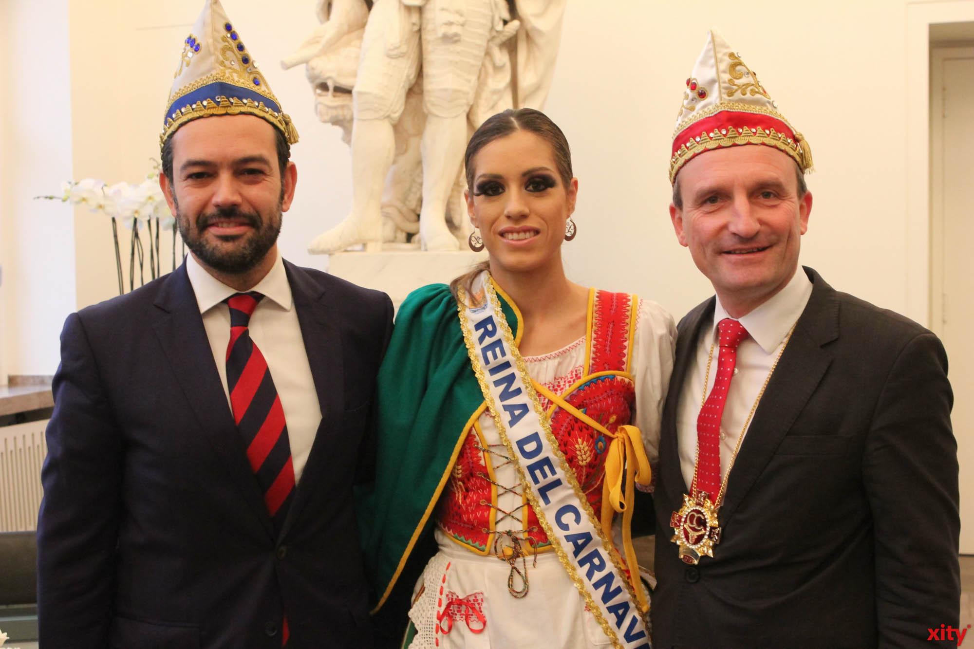 (v.l.) Lope Domingo Afonso Hernández, Zaida Peraza und Thomas Geisel (Foto: xity)