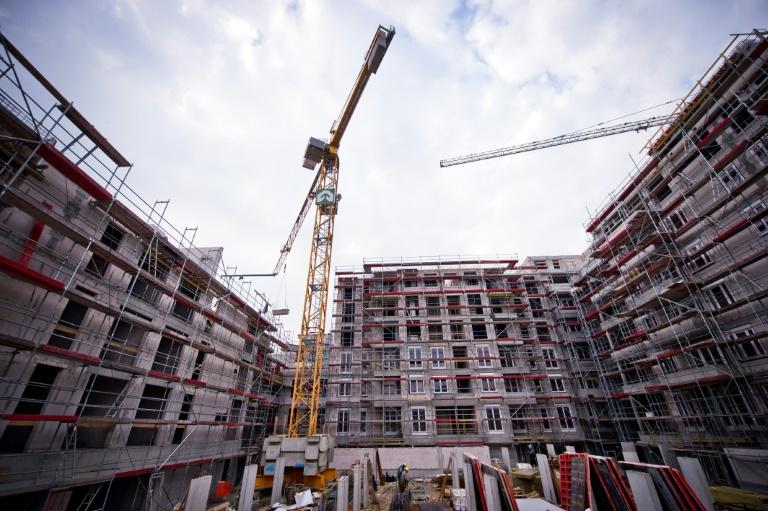 Hendricks fordert 1,3 Milliarden Euro zusätzlich für Wohnungsbau (© 2016 AFP)