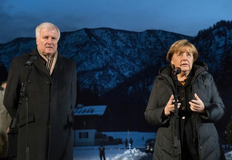 """Seehofer: """"Wir stehen zur Kanzlerin"""" (© 2016 AFP)"""
