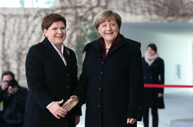Flüchtlingspolitik trennt Berlin und Warschau weiterhin (© 2016 AFP)