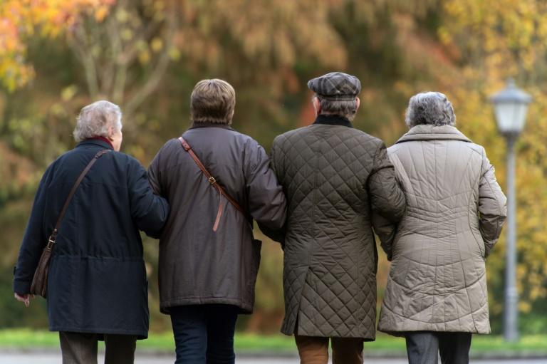 Demografischer Wandel gefährdet Haushaltsstabilität (© 2016 AFP)