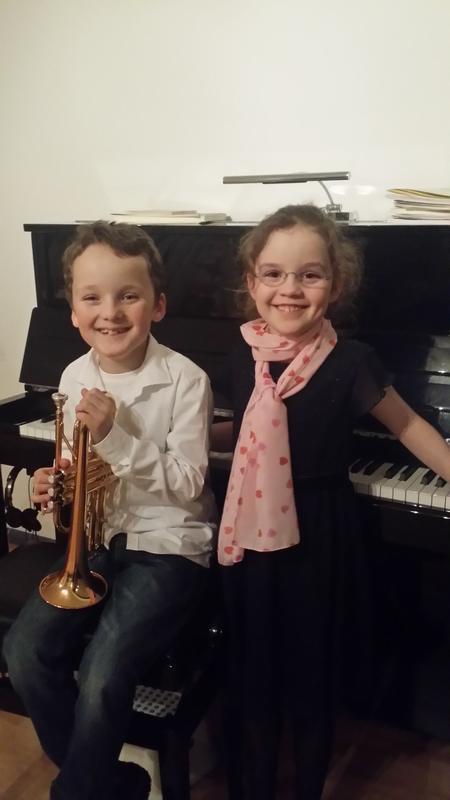 """Sophia und Jonas Amelingmeyer gewannen in der Kategorie """"Duo: Klavier und ein Blechblasinstrument"""" (Foto: xity)"""