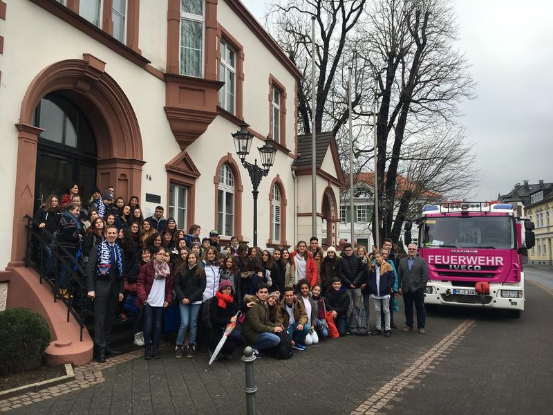 Eine Delegation aus 45 Schülerinnen und Schülern ist zu Besuch in Erkrath (Foto: Christian Knippschild, Stadt Erkrath)