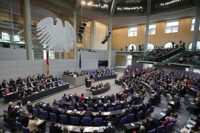 Linkspartei führt Gutachten gegen verschärftes Ausweisungsrecht an (© 2016 AFP)