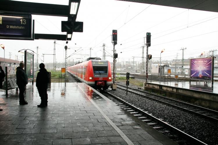 Aufgrund längerer Streiks im Nahverkehr mit Eisenbahnen gingen die Fahrgastzahlen leicht zurück (Foto: xity)