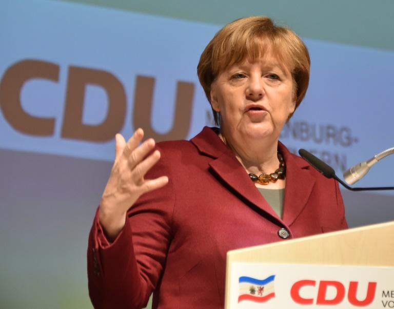 Politbarometer: Union rutscht in der Wählergunst weiter ab (© 2016 AFP)