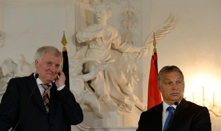 Seehofer reist am 4. März zu Gespräch mit Orban nach Ungarn (© 2016 AFP)