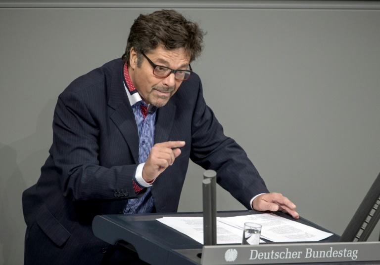 Linken-Abgeordneter verteidigt Einstellung von Ex-RAF-Terrorist (© 2016 AFP)