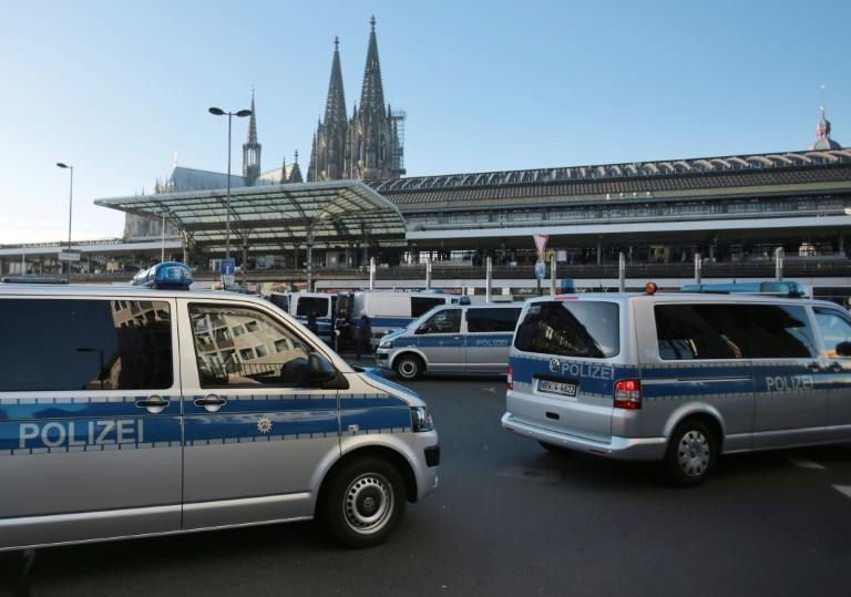 U-Ausschuss zu Silvester-Gewalt besucht Tatorte am Kölner Bahnhof (© 2016 AFP)
