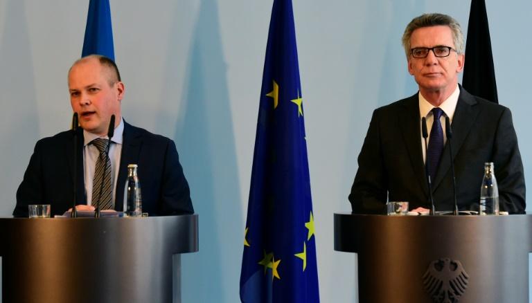Deutschland und Schweden wollen sich über Asylverschärfungen austauschen (© 2016 AFP)