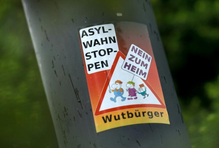 """Maaßen warnt vor Verschmelzung von Rechtsextremen und """"Wutbürgern"""" (© 2016 AFP)"""