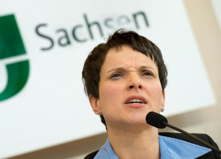 Petry bestreitet Beteiligung von AfD-Mitgliedern an Protest in Clausnitz (© 2016 AFP)