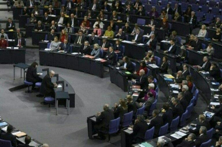 "Bundestag debattiert ""Völkermord"" an Armeniern (© 2016 AFP)"
