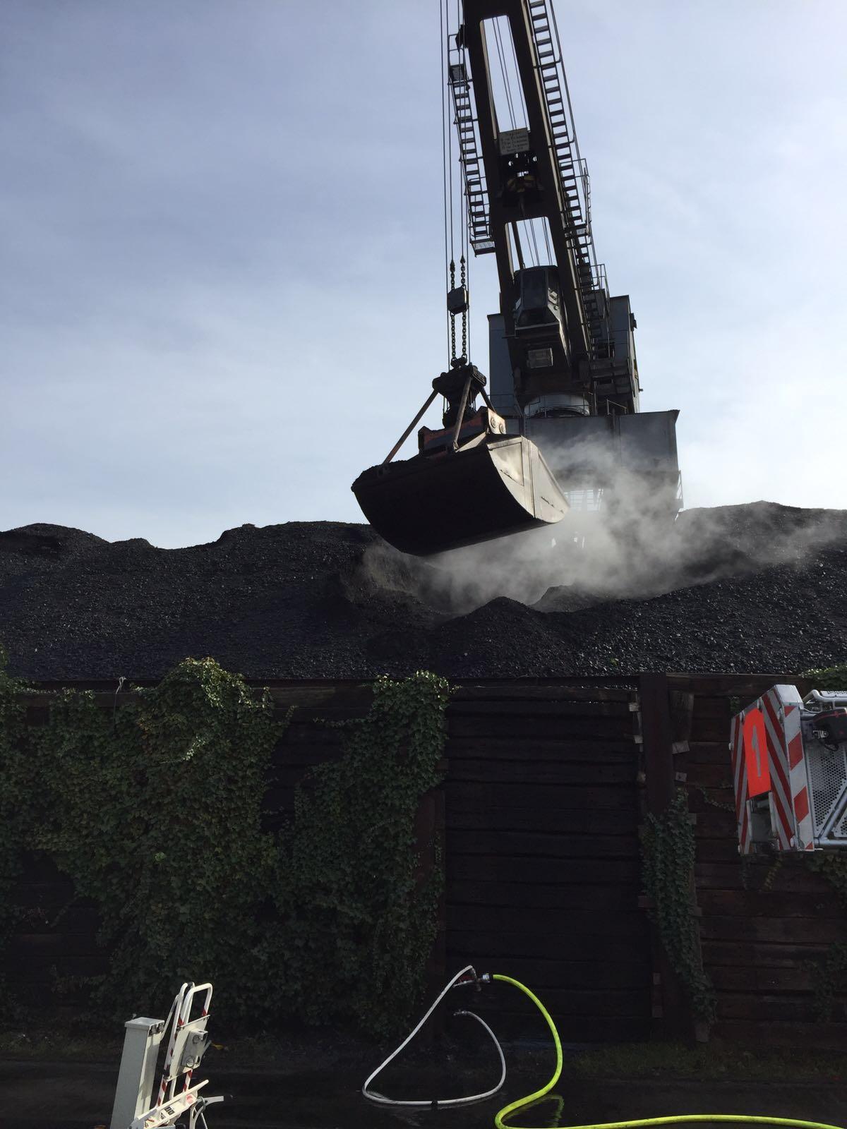 Info zu Löschlanzen: Mit den Löschlanzen besteht die Möglichkeit, Brände mit kleinsten Tropfen von Wasser gezielt in tiefliegende Brandherden zu bekämpfen. (Foto: OTS)