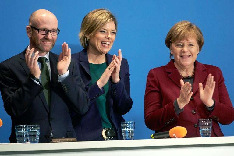 CDU-Präsidium sichert Merkel weiterhin volle Unterstützung zu (© 2016 AFP)