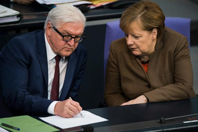 Umfrage: Merkel legt trotz Flüchtlingskrise bei Beliebtheit wieder zu (© 2016 AFP)