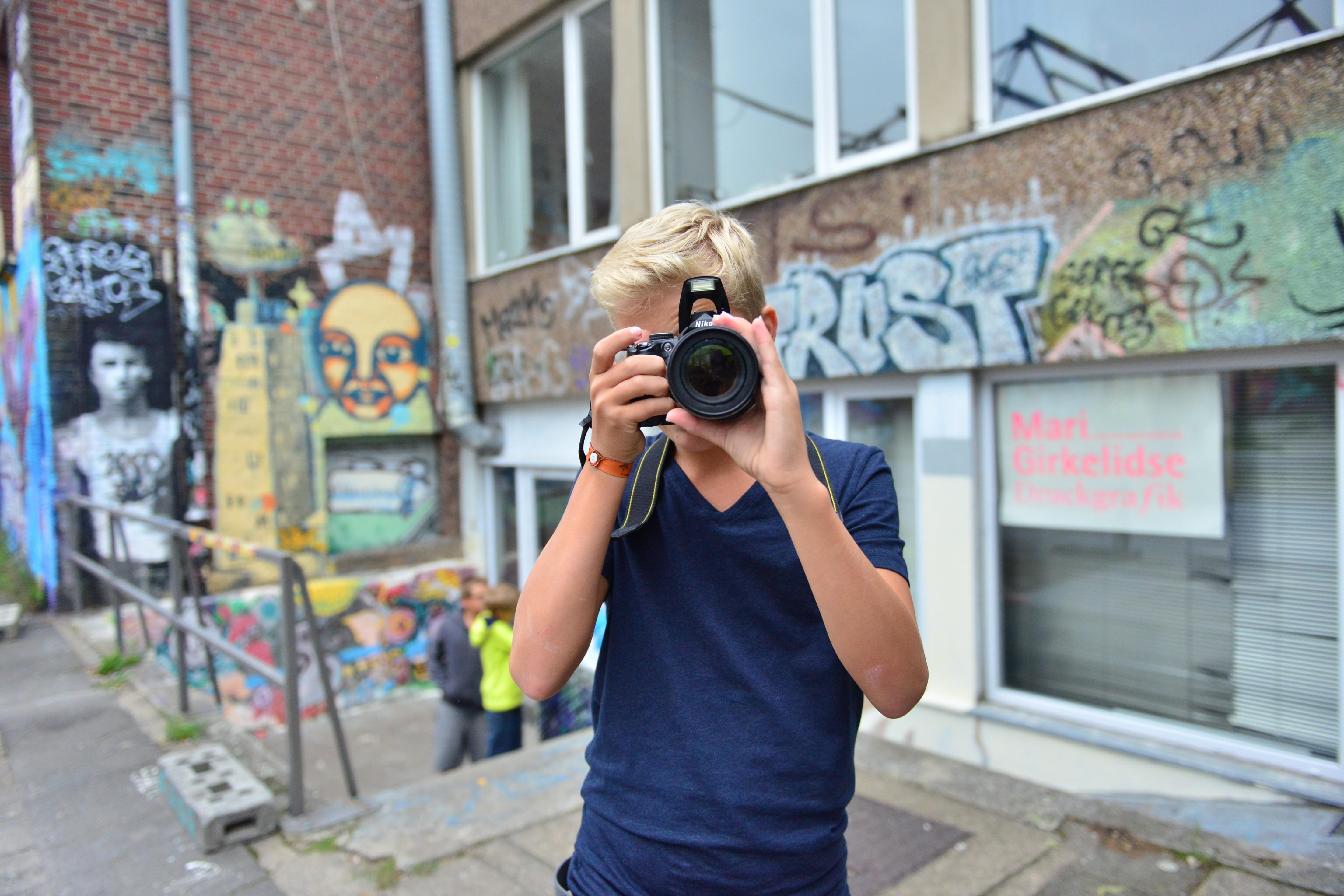 """""""Vom Selfie zum Porträt"""" heißt einer der insgesamt sieben Workshops, die im Frühjahr und in den Osterferien angeboten werden (Foto: Thomas Mohn)"""
