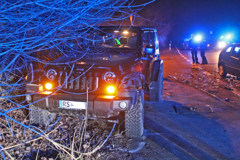 Schwerer Verkehrsunfall im Kreuzungsbereich (Foto: OTS)