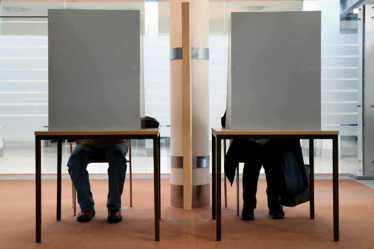 Union will Wahlrecht noch vor der Sommerpause ändern (© 2016 AFP)