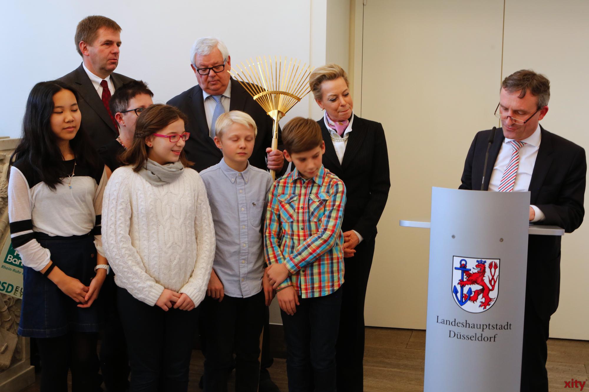 Der Goldenen Besen für die International School of Düsseldorf (Foto: xity)