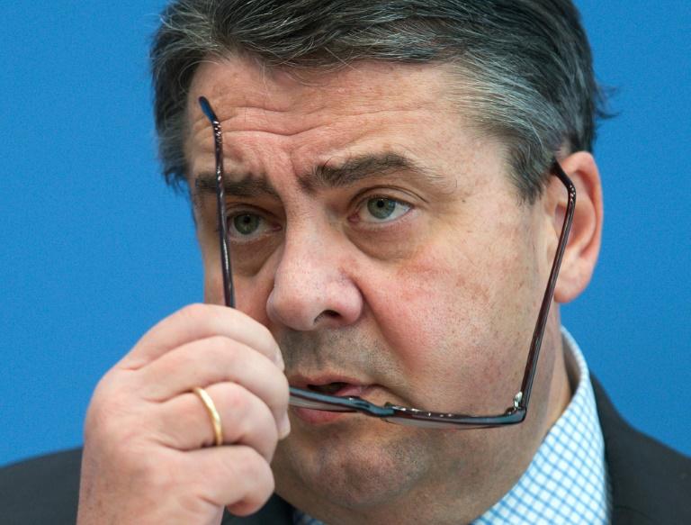 Gabriel fordert Ehrlichkeit bei Kosten der Flüchtlingskrise (© 2016 AFP)