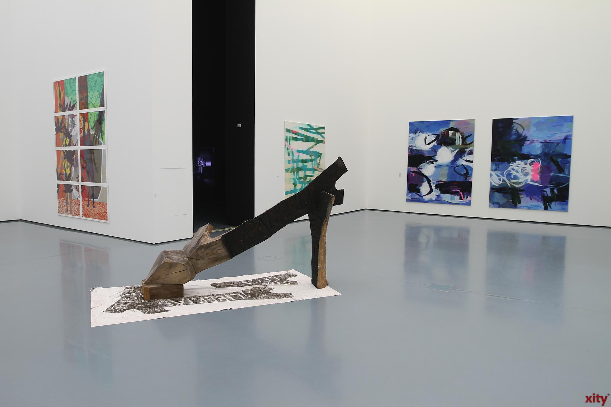 Die Ausstellung zeigt Werke von ausgewählten Künstlerinnen und Künstlern (Foto: xity)
