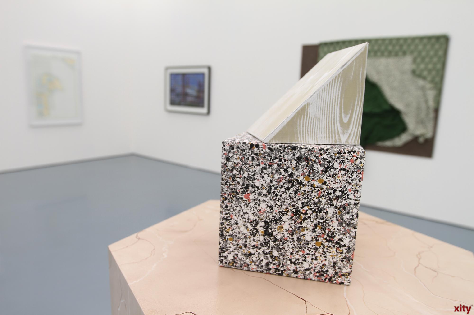 Eine wechselnde Jury wählt die Künstler für die Ausstellung (Foto: xity)
