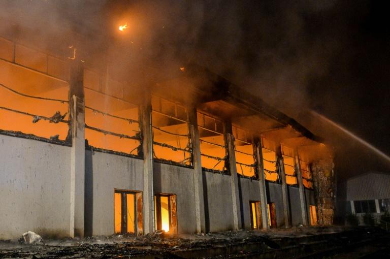"""Rechte """"Stadtguerilla"""" hinter Brandanschlag in Nauen vermutet (© 2016 AFP)"""