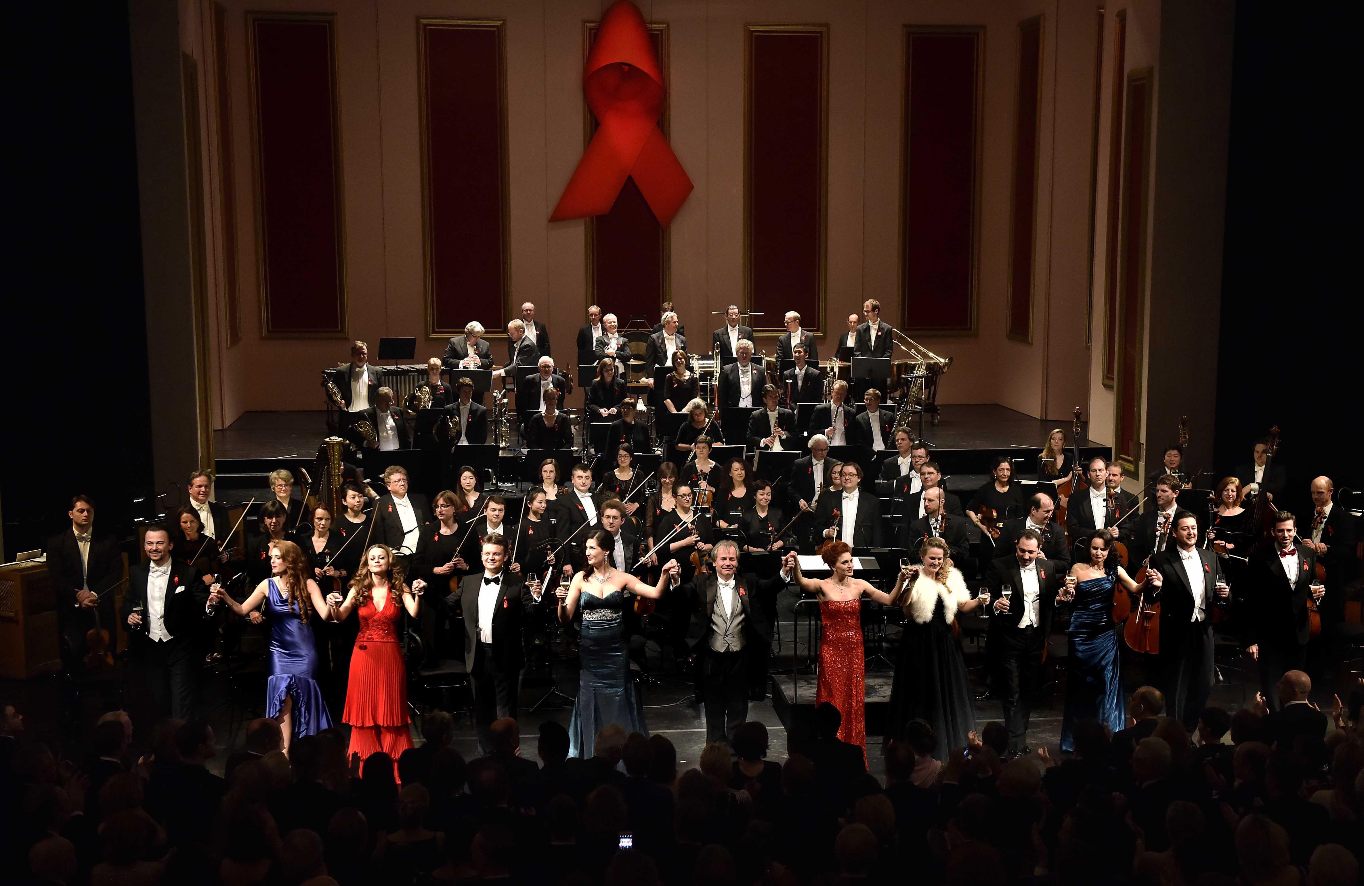 Reinerlös von mehr als 160.000 Euro für die Deutsche AIDS-Stiftung (Foto: Paul Esser)