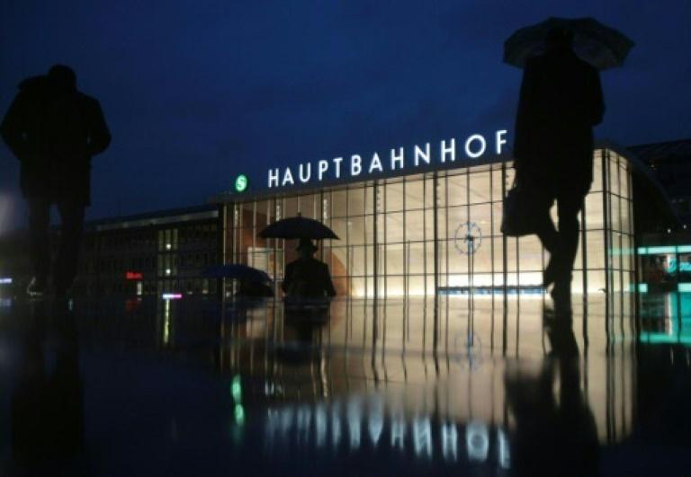 Düsseldorfer U-Ausschuss zur Silvester-Gewalt befragt ersten Zeugen (© 2016 AFP)