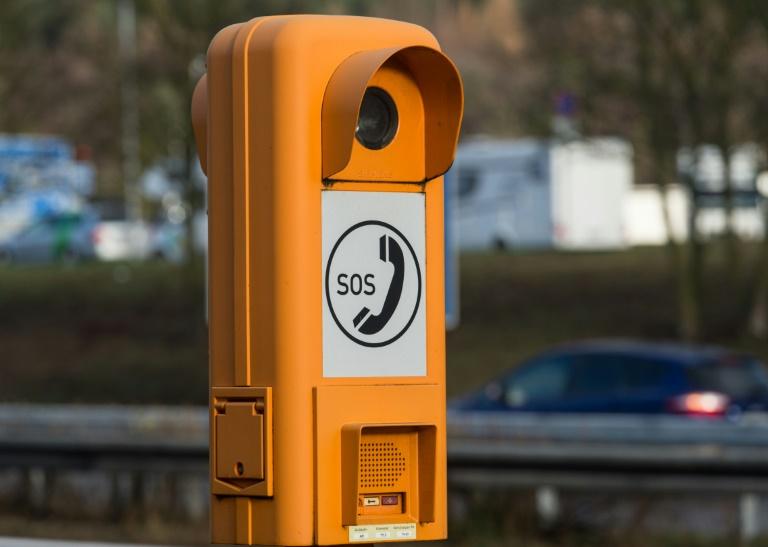 Notrufsäulen an Autobahnen 2015 deutlich weniger benutzt (© 2016 AFP)