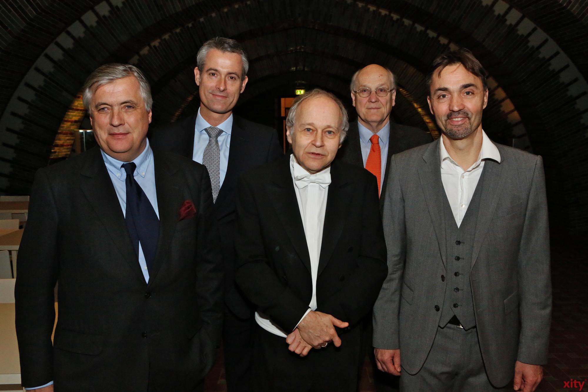 (v.l.) Patrick Schwarz-Schütte, Michael Becker, Adam Fischer und Dr. Stefan Krieger (Foto: xity)
