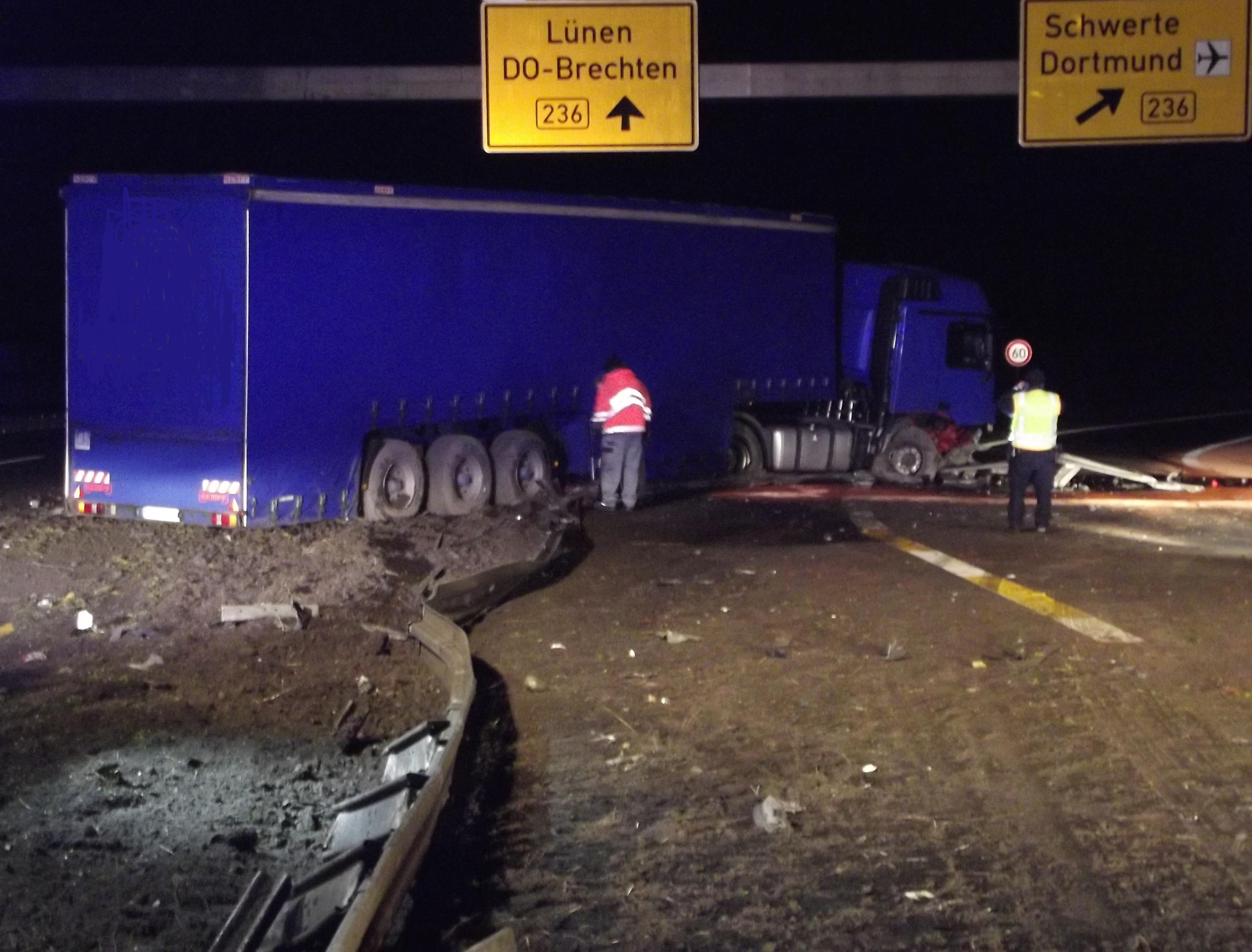 LKW Unfall auf der BAB 2 (Foto: OTS)