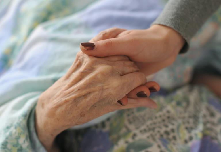 Gröhe mahnt Träger der Altenpflege zu angemessener Bezahlung der Fachkräfte (© 2016 AFP)