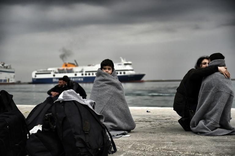 """""""Spiegel"""": Bundespolizei soll keine Flüchtlinge in die Türkei zurückbringen (© 2016 AFP)"""