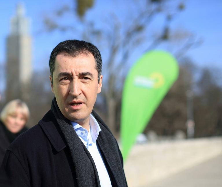 Grüne: Flüchtlingspakt stellt europäische Werte in Frage (© 2016 AFP)