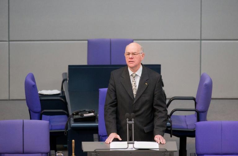 Lammert will Abgeordneten-Immunität abschaffen (© 2016 AFP)