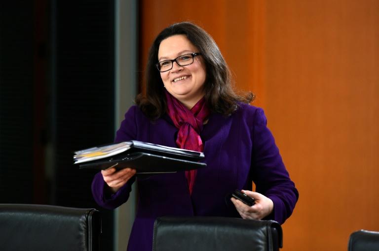 Kritik an Ministerin Nahles wegen geplanter Ein-Euro-Jobs für Flüchtlinge (© 2016 AFP)