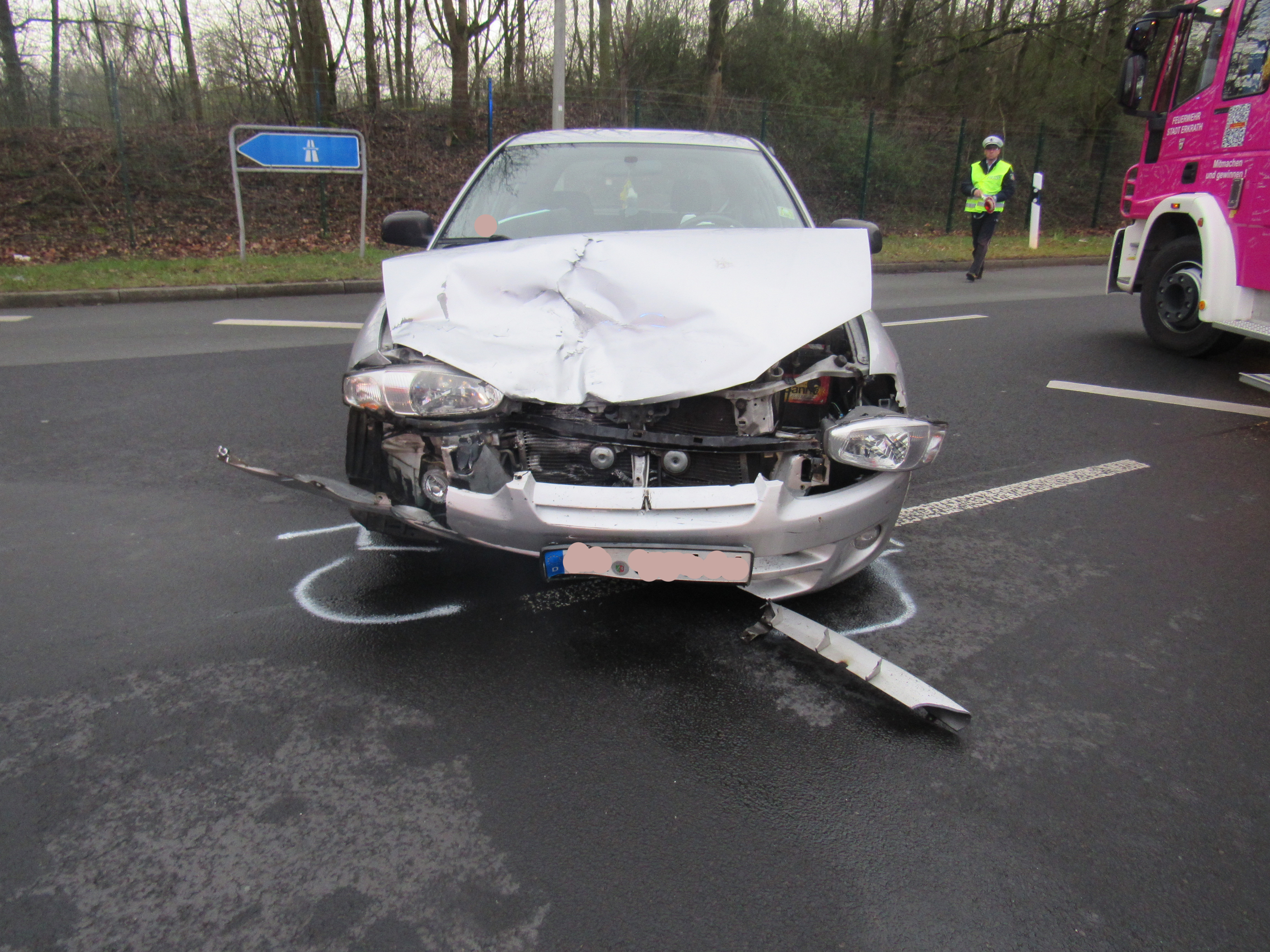 Ein folgenschwerer Verkehrsunfall ereignete sich in Erkrath (Foto: OTS)
