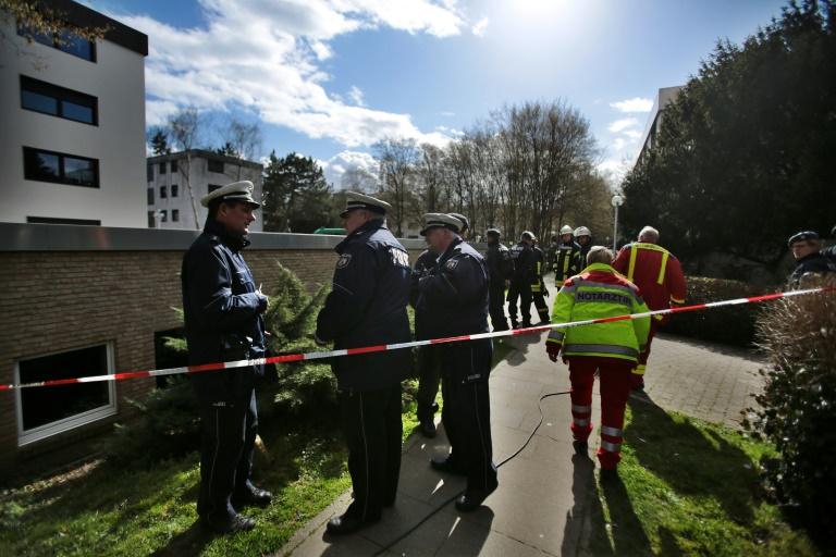 Leichenfunde in Schwimmbad bei Köln geben Polizei weiter Rätsel auf (© 2016 AFP)