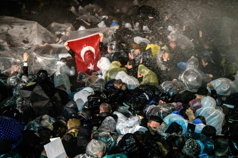 """Erdogan-Song beschert Satiremagazin """"extra 3"""" Rekordquote (© 2016 AFP)"""