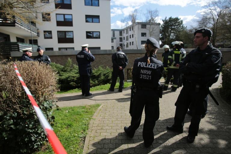 LKA überträgt Kölner Polizei Ermittlungen nach Leichenfund in Privatschwimmbad (© 2016 AFP)
