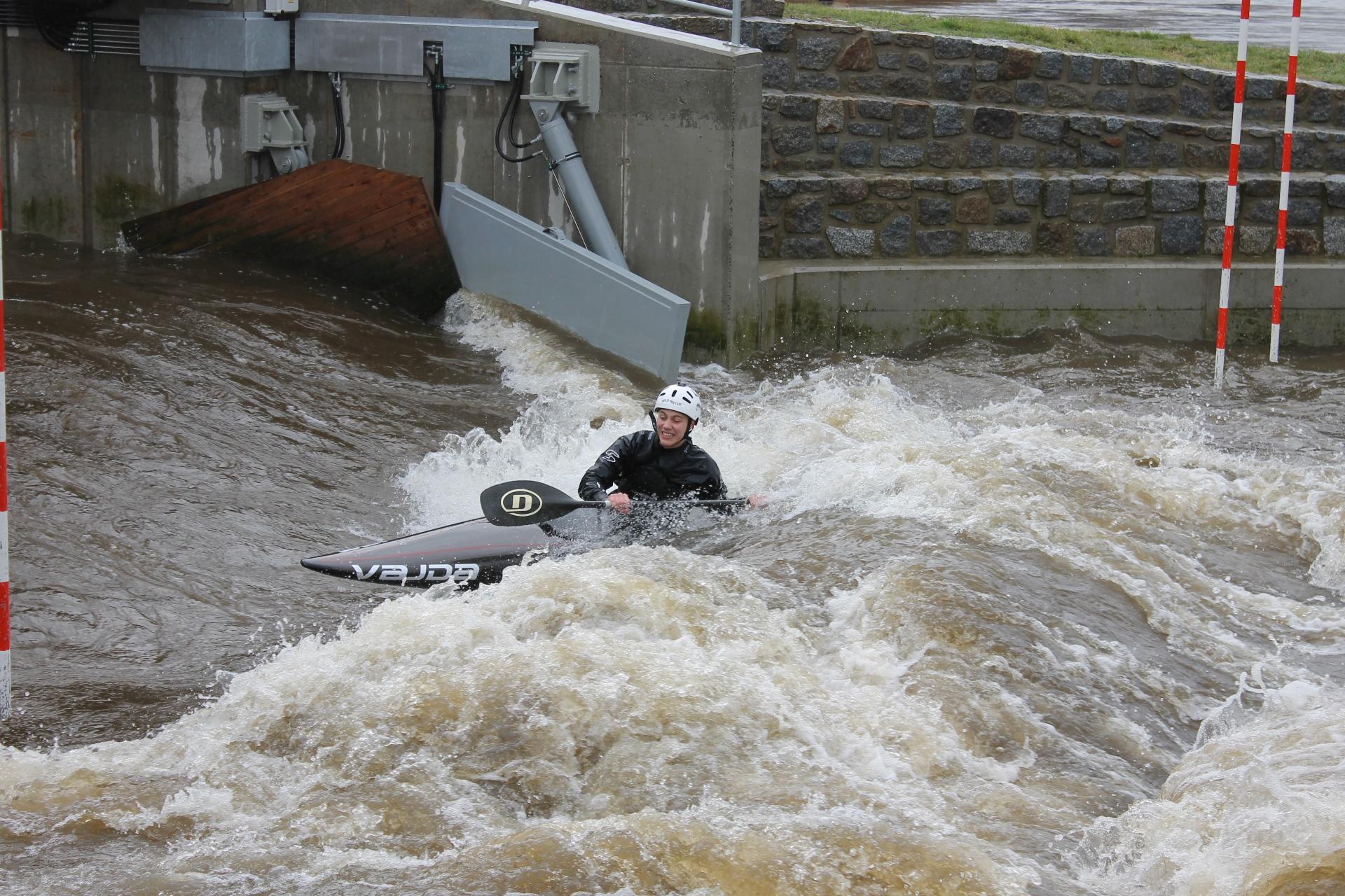 Optimale Bedingungen fanden sie auf dem Wildwasserkanal an der Elbe (Foto: SC Bayer 05 Uerdingen)